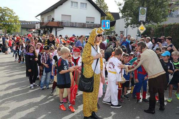 Dielheim. Kerwe 2014 Hier der Grosse Umzug. 28.09.2014 - Helmut Pfeifer